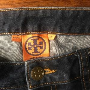 🌸🌺Tory Burch , super straight skinny jeans 28""